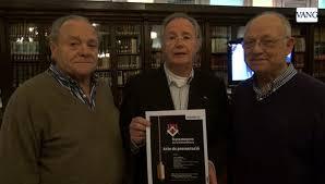 Tres representantes de Francmaçons per la Independència.