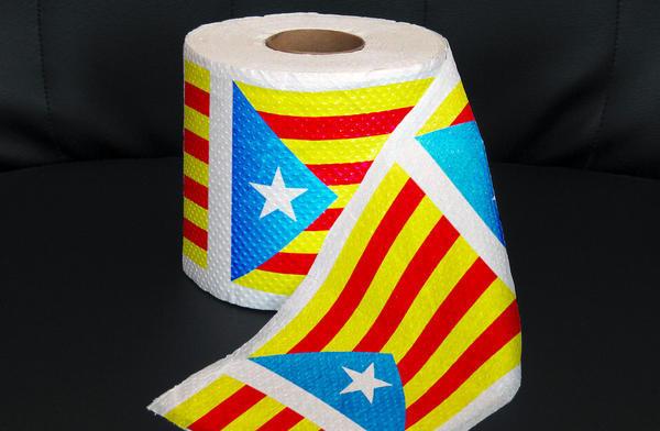 Rollo de papel higiénico con los colores de la estelada.