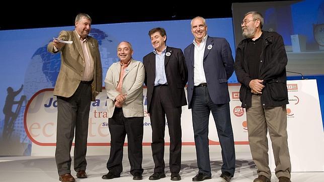 Fidalgo y Méndez, junto a sus homólogos andaluces, en la asamblea por el Trabajo Decente en 2008