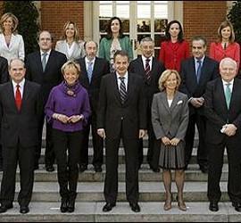 El expresidente del Gobierno con sus ministros