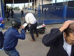 Las agresiones contra miembros de la Policía y Guardia Civil son habituales en la frontera de Melilla