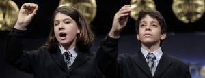 Andrea Ladrón de Guevara y Joel Fernández Godos han cantado el «Gordo»