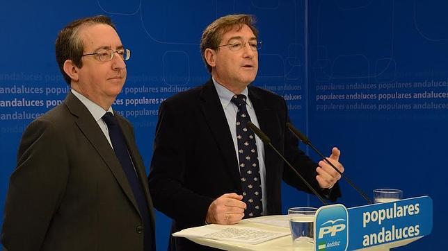 Rafael Salas y Rafael Carmona, este domingo en rueda de prensa