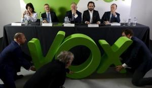 Presentación de Vox, el partido liderado por Ortega Lara y Santiago Abascal.