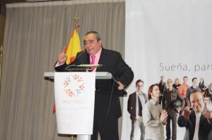 Armando Robles, durante su vibrante intervención