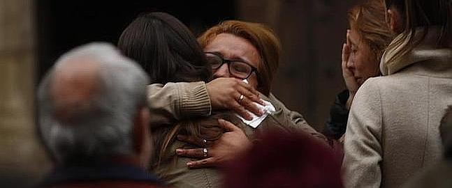 Las imágenes de dolor presidieron ayer el funeral.