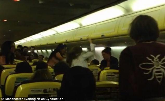 Imagen de la pelea en pleno vuelo
