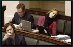 Eurodiputados: 15.000 euros mensuales por dormitar en el Parlamento Europeo