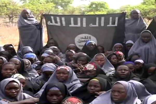 Imagen del video publicado por el grupo extremista islámico nigeriano Boko Haram.
