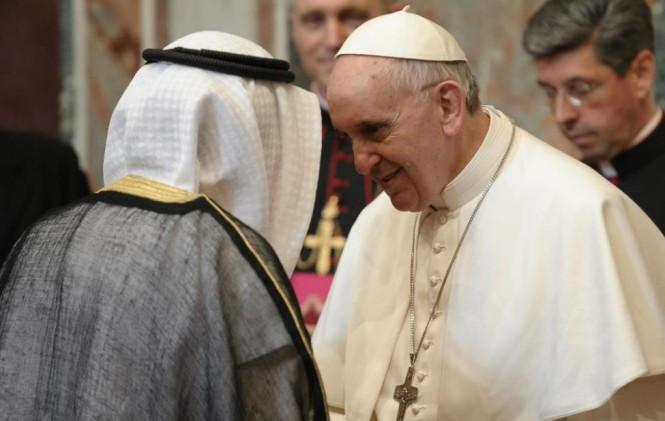 Religião Mundial? Papa Francisco permitirá orações muçulmanas no Vaticano