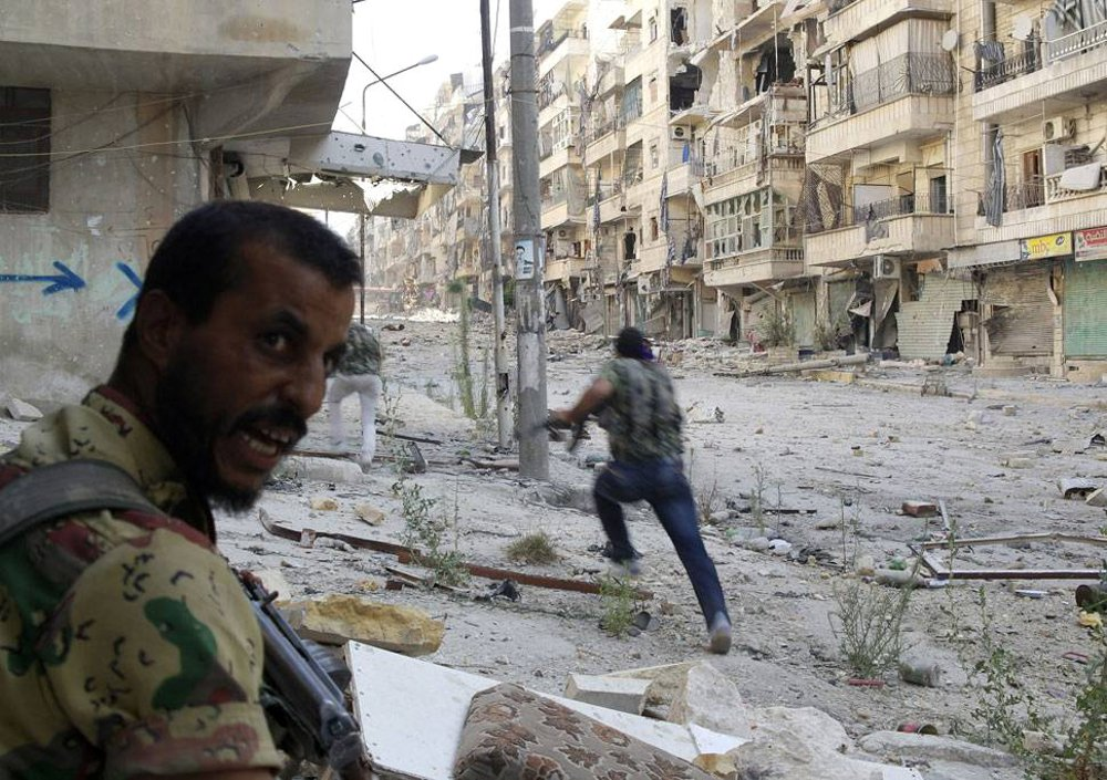 Yihadistas en Alepo