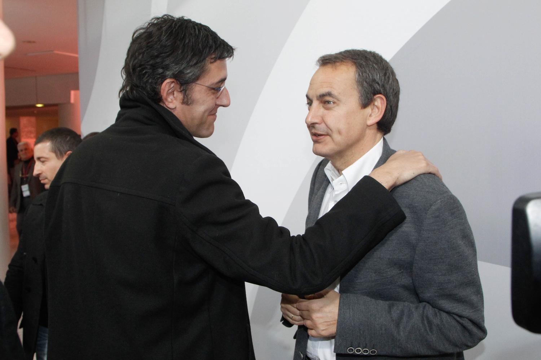 Eduardo Madina saluda al expresidente del Gobierno Rodríguez Zapatero