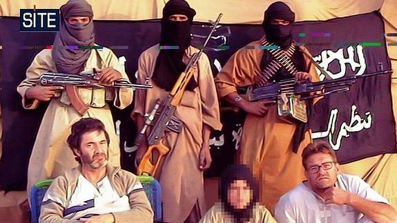 Foto de tres cooperantes españoles secuestrados en 2010