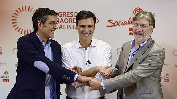 Eduardo Madina, Pedro Sánchez y José Antonio Pérez Tapias.