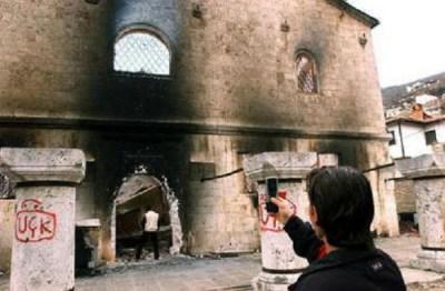 Las iglesias ortodoxas serbias en Kosovo han sido destruidas por los terroristas albaneses