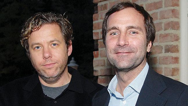 James Costos, a la derecha, con su pareja, Michael Smith