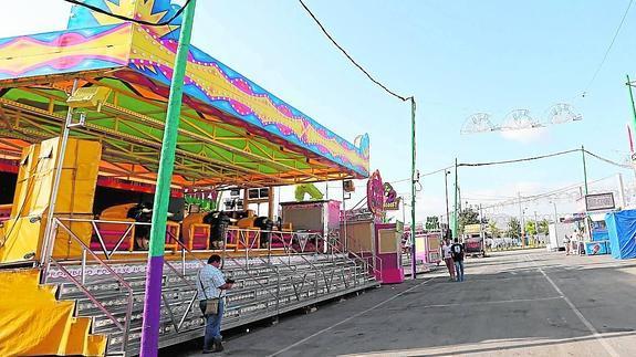 Los hechos investigados sucedieron el domingo en la zona de las atracciones del real de la feria.