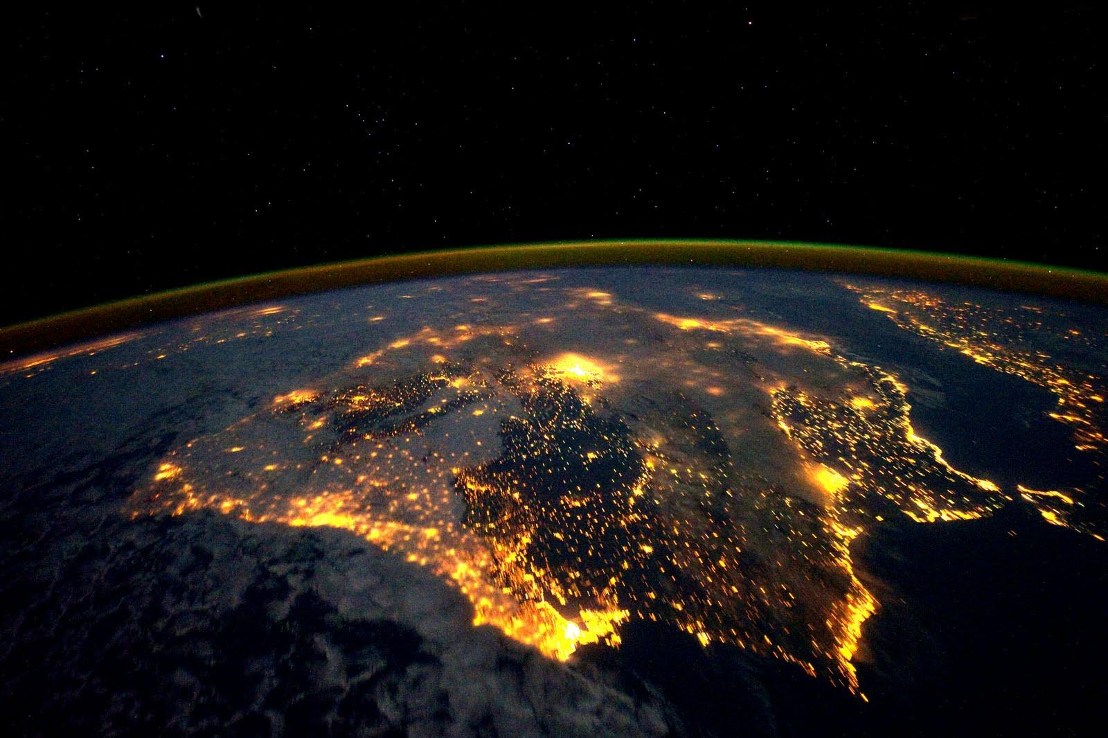 Espectacular fotografía de la Península Ibérica vista desde el Espacio.