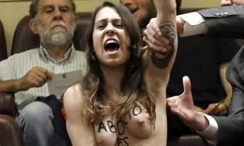 Lara Alcázar