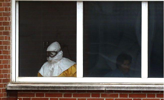 Imagen de una de las habitaciones donde está ingresado un aislado por el virus del ébola.