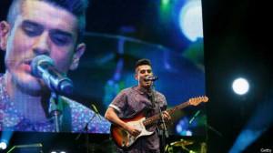 Una lesión le cortó la carrera como futbolista a Álvaro Benito, pero le abrió una vida como vocalista de la banda Pignoise.