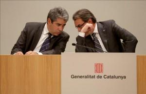 Francesc Homs (i) junto a Artur Mas
