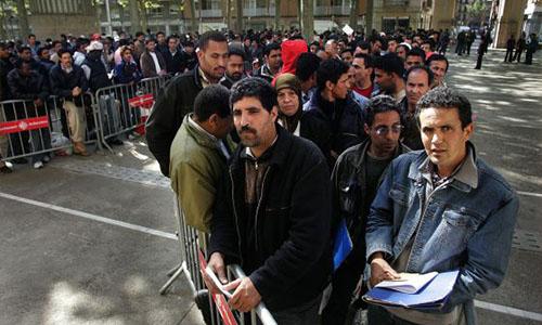 Cola de marroquíes para solicitar la nacionalidad española