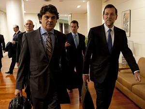 Jorge Moragas, en el Congreso junto a Mariano Rajoy.