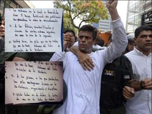 """""""Permanecer en silencio es ser cómplice de un desastre que no solo impacta a Venezuela, sino que puede tener implicaciones por todo el hemisferio"""", dijo el dirigente de la oposición venezolana."""