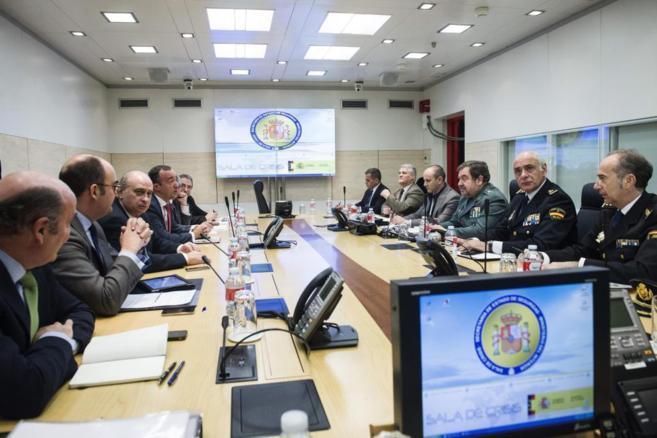 Reunión del ministro del Interior con los máximos responsables de la lucha antiterrorista.
