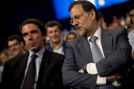 El expresidente José María Aznar y Mariano Rajoy, juntos en una Convención del PP