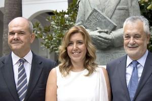 Susana Díaz, entre Manuel Chaves y José Antonio Griñán.