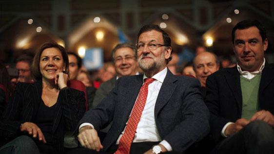 Mariano Rajoy, el pasado sábado en Málaga, junto a María Dolores de Cospedal y Juanma Moreno Bonilla