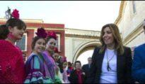 Susana Díaz y el alcalde de Umbrete, en la fiesta del Mosto
