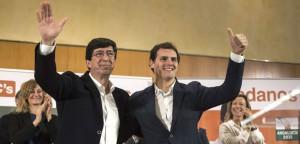Albert Rivera, junto al candidato de Ciudadanos a la presidencia de la Junta de Andalucia, Juan Marín.