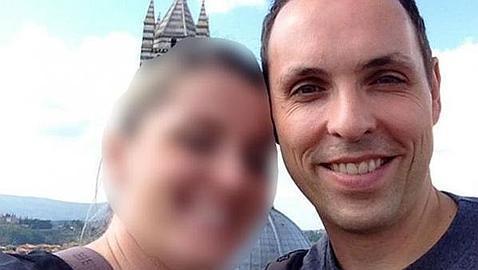 Una de las fotos con su novia que Andreas Lubitz colgó en las redes sociales.