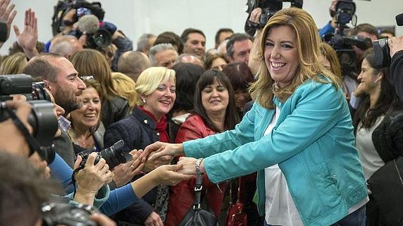 Susana Díaz, anoche, tras conocer los resultados electorales.