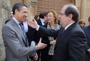 Eduardo Zaplana, a la izquierda