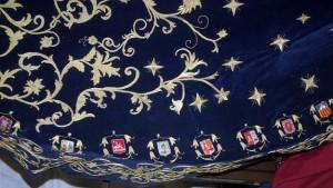 El manto de la Virgen de la Estrella incluye los escudos de las provincias españolas