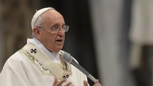 El Papa durante la misa Crismal de Jueves Santo
