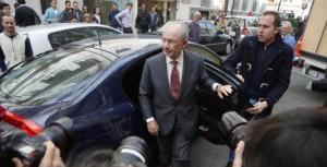 Rodrigo Rato a su llegada a su despacho