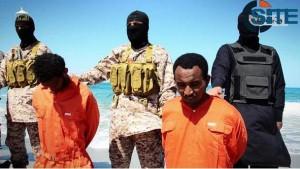 Imagen del vídeo difundido por Estado Islámico de la ejecución de 30 cristianos etíopes en Libia.