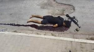 Las fuerzas policiales lograron reducir al terrorista