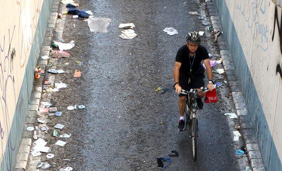 El madrid de carmena se hunde en la basura alerta digital - Recogida de muebles ayuntamiento de madrid ...