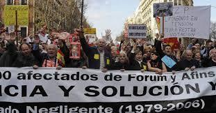 Afectados del Fórum Filatélico en una de las muchas manifestaciones que han celebrado
