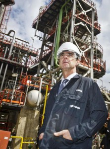 José Manuel Soria en el 50 aniversario de la refinería La Rábida
