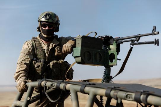 Soldado ruso de operaciones especiales en unas maniobras
