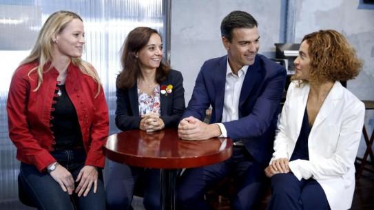 Zaida Cantera, Sara Hernández, Pedro Sánchez y Meritxell Batet, el pasado 30 de septiembre en Madrid.