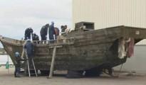 Uno de los barcos encontrados en Japón, con cadáveres en descomposiciónUno de los barcos encontrados en Japón, con cadáveres en descomposición
