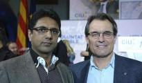Khalid Shabaz, alias 'Chuhan' junto a Artur Mas.